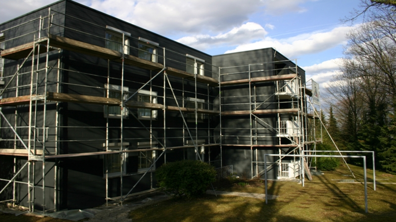 Sanierung asbesthaltiger Fassadenverkleidung